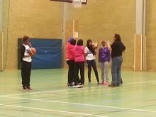 Somaliska Freds basketlag för tjejer 4