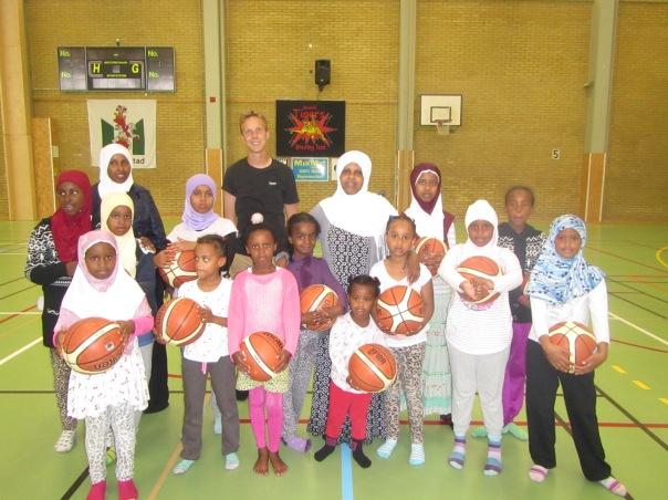 Somaliska Freds basketlag tjejer 7 - 11 år