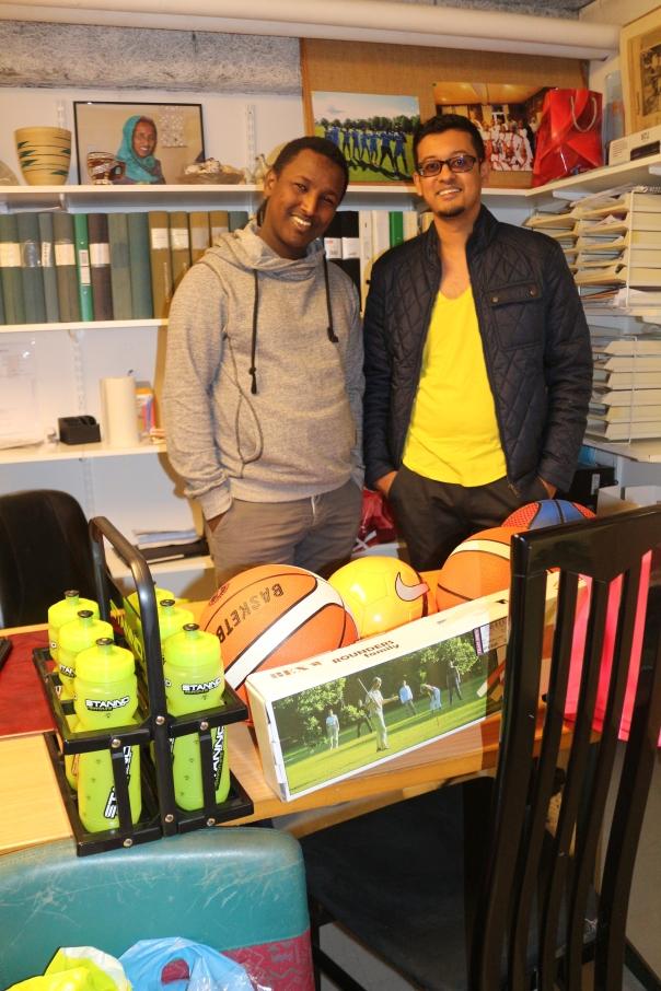 Hidde Iyo Dhaqan Mohamed Yassin och Somaliska Freds Hashim Abdikarem