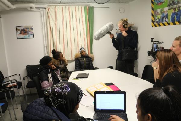 Boverket - Informationfilm om allmänna samlingslokaler hos Somaliska Freds i Rosengård