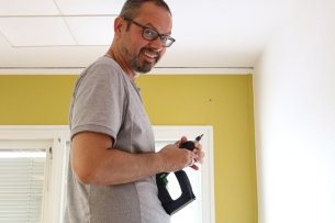Montering av möbler på Rosen 68 Herrgården RB
